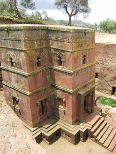 Bet Giyorgis Church, Lalibela, Ethiopia, by Giustino