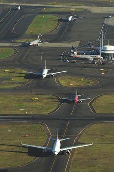 SYDNEY KINGSFORD SMITH AIRPORT | MASCOT | SYDNEY | NEW SOUTH WALES | AUSTRALIA: *SYD; 3 Passenger Terminals; 3 Runways*