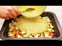 Snadný recept na jablkový koláč, který si zamiluje každý! Rychlé a chutné! # 65 - YouTube Apple Pie Recipe Easy, Easy Pie Recipes, Apple Pie Recipes, Cake Recipes, Dessert Recipes, Bread Dough Recipe, Delicious Desserts, Yummy Food, Food Garnishes