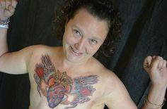 Royal Heart - Masquage d'une mastectomie post cancer du sein.