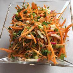 Special Salad Recipe, Healthy Salads, Healthy Recipes, Veggie Patties, Asian Recipes, Ethnic Recipes, Rabbit Food, Party Snacks, Food Design