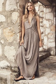 Hippie boho bohemian gypsy hippy style maxi dress in neutral color. For more follow www.pinterest.com/ninayay and stay positively #pinspired #pinspire @ninayay