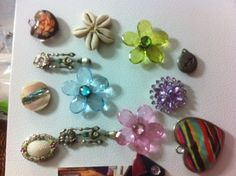 Old jewerly pieces turned into fridge magnets! <3