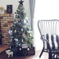 maru45さんの、インスタやってます,いなざうるす屋さん,男前,オーナメント,クリスマスツリー,雑貨,輸入住宅,IKEA,リビング,のお部屋写真