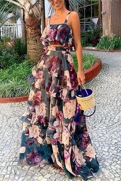 Elegant Maxi Dress, Floral Maxi Dress, Look Fashion, Fashion Outfits, Club Fashion, 1950s Fashion, Latest Fashion, Casual Dresses, Summer Dresses