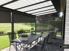 veranda windscherm-privacy en wind doek Outdoor Furniture, Outdoor Decor, Windows, Patio, Home Decor, Gardens, Patio Shade, Lawn And Garden, House