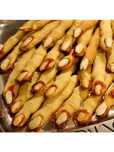 Witch Finger Cookies! halloween witches, halloween parties, halloween recipe, healthy cooking recipes, finger snacks, halloween foods, halloween finger foods, halloween ideas, halloween cookies