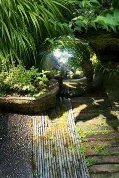 sch ner garten gestalten zimmerbrunnen balkon bambus gartenideen pinterest zimmerbrunnen. Black Bedroom Furniture Sets. Home Design Ideas