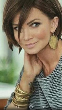 ideas 40 year olds styles updo ideas ideas tutorial ideas mid length ideas upload photo free hairstyle ideas 2018 change ideas ideas when growing out short hair Pretty Hairstyles, Bob Hairstyles, Hairstyles 40 Year Old, Hairstyle Ideas, 1930s Hairstyles, Party Hairstyle, Updos Hairstyle, Medium Hair Styles, Short Hair Styles