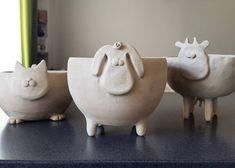 Моськи пока без окраса, зато уже с характером My personal farm #ceramics #handmade #clay #handmadeceramics #handbuilt #ceramiccat…