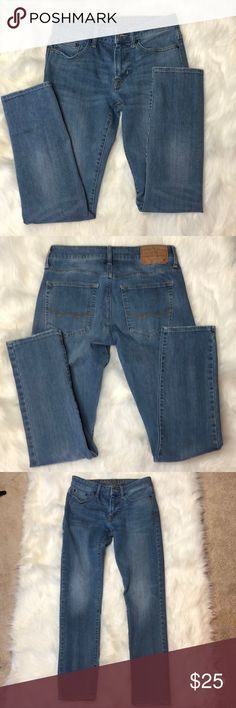 American Eagle Slim Jean Size 28X30 Description: 360 extreme flex jean.  ⚠️I always look through each item throughly once received and right before shipping, but things can be missed. Just let me know, so I can improve.⚠️  🚫NO TRADES/NO HOLDS🚫  Please ask questions❓  💜Thank you for checking out my closet and don't be afraid to submit an offer💜 American Eagle Outfitters Jeans Skinny