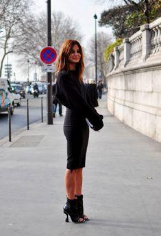Christine Centenera: Beauty in black. #style #fashion #streetstyle