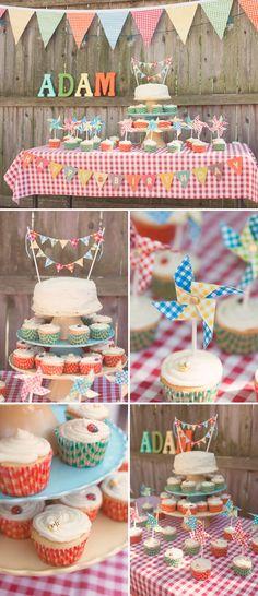 Festive 1st Birthday Party with a Spring Picnic Theme // Fiesta de primer cumpleaños con temática primaveral