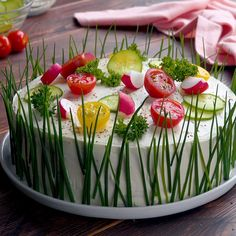 Sandwich cake- Sandwich-Torte Perfect for guests and - Sandwich Torte, Good Food, Yummy Food, Party Buffet, Fruit Buffet, Brunch Buffet, Party Trays, Party Snacks, Bug Snacks