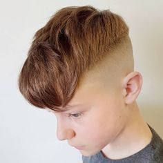 Skin Fadzzz ________________________________________ • • #bareknucklebarbershop #barberlife #fade #fashion #malefashion #ukbarber #crop…