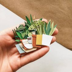 Diy Paper Plants Flower Tutorial 23 New Ideas Origami, Diy And Crafts, Crafts For Kids, Arts And Crafts, Paper Plants, Paper Cactus, Pen Pal Letters, Ideias Diy, Diy Papier