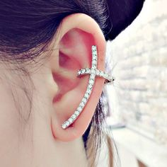 Material: Metal Size: Big: Length: 3.7cm Width: 2cm Small: Length: 1cm Package Contents: 1 x Ear Cuff
