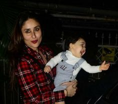 Kareena Kapoor Son Timur Ali Khan Pataudi looking So Cute with Mom Kareena Kapoor Son, Cute Kids, Cute Babies, Taimur Ali Khan, Celebrity Kids, Bollywood Actors, Western Outfits, Celebs, Celebrities