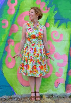 A Colourful Canvas: MY PLEATED POPPY DRESS : : SIMPLICITY 1803