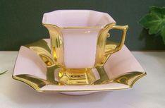 (1) Pinterest Tea Cup Set, My Cup Of Tea, Tea Cup Saucer, Tea Sets, Teapots And Cups, China Tea Cups, Teller, Tea Time, Vases