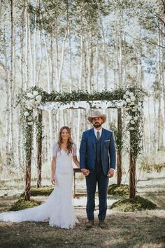 All the cuteness in this organic + elegant ranch wedding ceremony in the woods of Colorado|  Image by Gatherings in Vail