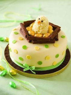 Decoración de tartas: Fotos de ideas de repostería - Decoración de tarta con un pollito Cake Decorating For Beginners, Creative Cake Decorating, Birthday Cake Decorating, Cake Decorating Techniques, Decorating Ideas, Fondant Cakes, Cupcake Cakes, Easter Cake Fondant, Novelty Birthday Cakes