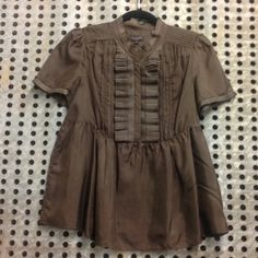 Ted Baker blouse Ted Baker Brown Blouse. Gorgeous pleated detailing on this silk high fashion blouse. New York designer Ted Baker. Worn twice. NWOT Ted Baker Tops Blouses