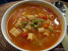 Thai Red Curry, Chili, Ethnic Recipes, Soups, Kitchens, Chile, Chilis, Soup, Chowder