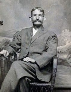 gunfighter, cowboy, outlaw, associate of Billy the Kid and a key participant in the Bloody Lincoln County War. In 1880 he gave away his guns, moved to Tascosa where he settle Wild West Outlaws, Famous Outlaws, Old West Photos, Cowboys And Indians, Real Cowboys, Fraggle Rock, Billy The Kids, Westerns, New Wife