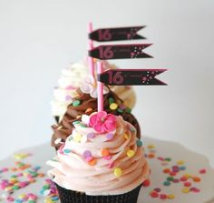 I wish someone got me these cupcakes for my Sweet Sixteen!! Sas Cupcakes. Sweet 16