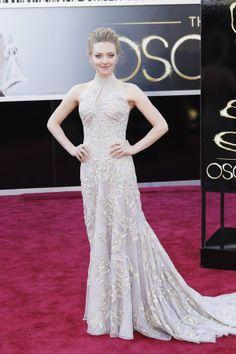 Amanda Seyfried in Alexander McQueen, key hole gown, messy updo, Oscars 2013, Red Carpet 2013
