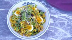 Wake up your palate with this delicious mixture of brown rice, eggs, smoked fish and fragrant spices.