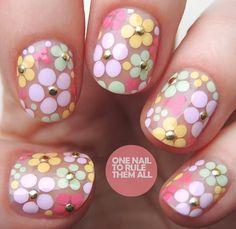 Nail Art Blog, Gel Nail Art, Nail Polish, White Nail Designs, Cool Nail Designs, Christmas Nail Designs, Christmas Nails, Silver Nails, Glitter Nails