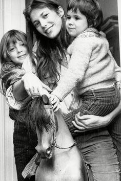 1976 - Jane Birkin with daughters Kate Barry and Charlotte Gainsbourg