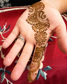 Here are stylish Choose the best.beautifulf front hands Mehndi designs # Full Hands Mehndi Designs For Bridals Dulhan Mehndi Designs Indian Henna Designs, Mehndi Designs 2018, Stylish Mehndi Designs, Mehndi Designs For Girls, Mehndi Design Photos, Wedding Mehndi Designs, Beautiful Mehndi Design, Simple Mehndi Designs, Henna Tattoo Designs