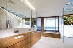 Albatross Residence by BGD Architects