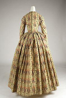 Morning dress (image 3)   British   1840-1845   wool   Metropolitan Museum of Art   Accession #:  1977.91.2