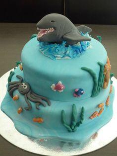 Calamity Cakes Taupo Shark Boys Birthday Cakejpg cakepins.com