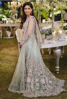 Image may contain: 1 person Pakistani Wedding Outfits, Pakistani Bridal Dresses, Pakistani Wedding Dresses, Pakistani Dress Design, Bridal Outfits, Bridal Lehenga, Wedding Party Dresses, Indian Dresses, Indian Outfits