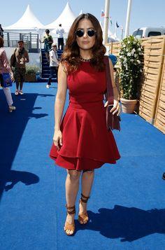 Pin for Later: Seht die Stars in ihren schönsten Roben beim Filmfest in Cannes Salma Hayek