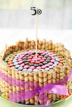 cookies on side of cake - easy decoration