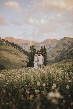 Liebe dieses Berg Engagement schie en Foto von India Earl this engageme Liebe dieses Gebirgsverlobungsshooting Foto von India Earl diesen Engagement - #engagementphotos