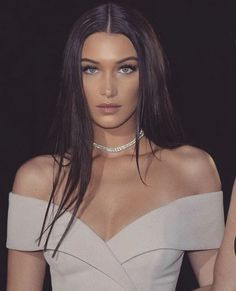 Bella Gigi Hadid, Bella Hadid Style, Isabella Hadid, Pretty Face, Girl Crushes, Pretty People, Style Icons, Supermodels, Makeup Looks