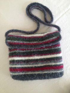 Felted wool bag. Yarn: Sandnes Fritidsgarn.