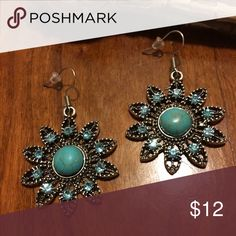 Tibetan silver/simulated turquoise Daisy earrings Handmade earrings with simulated turquoise, rhinestones, and Tibetan silver. Dangly daisies. Brand new. Smoke free. Come in a small gift bag. Jewelry Earrings