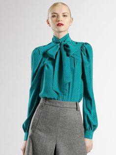 a899ed3921956 Shop Women s Gucci Blouses on Lyst. Track over 669 Gucci Blouses for stock  and sale updates.