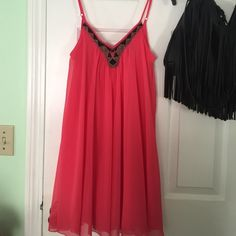 Dress Very cute spring/summer dress with pretty beading at the neckline. Worn ONCE! Express Dresses Mini