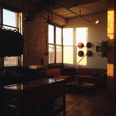 KNICKERBOCKER MFG. CO Daylight savings, it's good to have our sunsets back here at the factory.