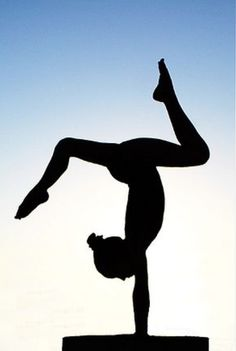 Gymnast Silhouette 3 photo by xetos Gymnastics Cakes, Gymnastics Birthday, Gymnastics Quotes, Gymnastics Girls, Silhouette Sport, Silhouette Cameo Projects, Silhouettes, Cricut, Clip Art
