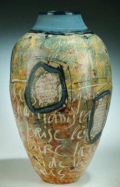 Graphic Text Vase ●彡 Ceramic Clay, Ceramic Vase, Ceramic Pottery, Pottery Art, Ceramic Boxes, Slab Pottery, Pottery Studio, Photomontage, Clay Vase